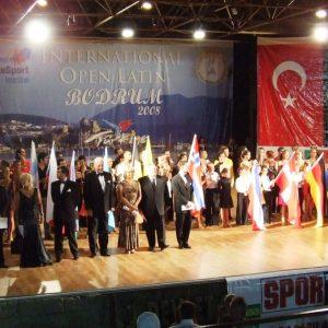 Ulusal ve uluslararası dans yarışmaları