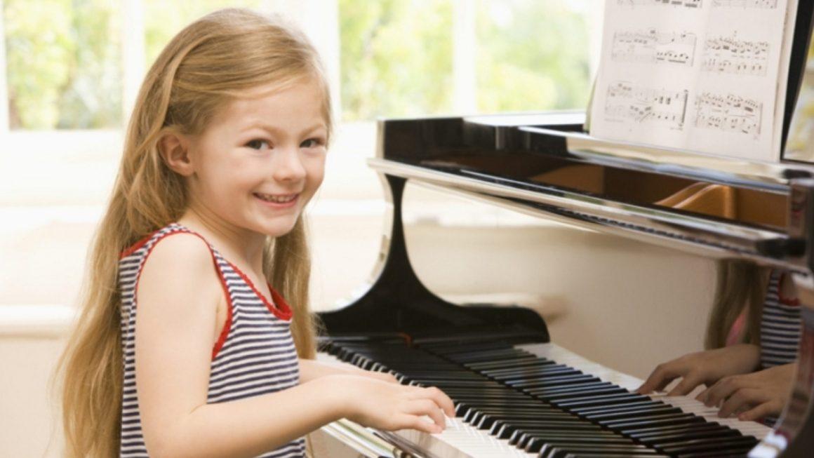 Piyano Çocuklarda Zekayı Geliştiriyor